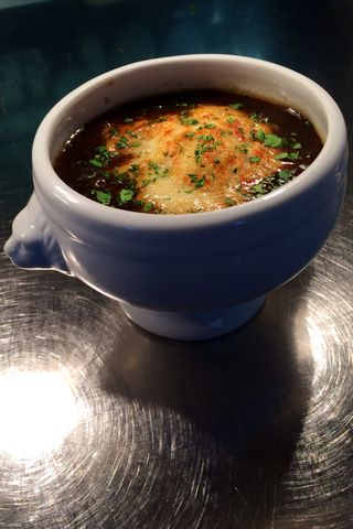 Sly's French Onion Soup Gratinée 2014-6-5